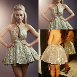 sexy backless club shirt Promo Codes - Sexy Gold Halter Short Homecoming Dresses Gliter Sequins Mini Prom Dresses Cocktail Party Dresses Club Wear
