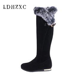 3463e80aa LDHZXC grande tamaño 34-43 moda hebilla botas de nieve caliente con piel  mujer zapatos de invierno botas mujeres zapatos de piel corta negro 11 12  rebajas ...