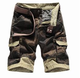 Pantalones cortos de verano Pantalones cortos de carga para hombre Camuflaje Hasta la rodilla Cinturón 100% Algodón Pantalones cortos grandes 2018 Ropa de marca JOOBOX Más nuevo desde fabricantes