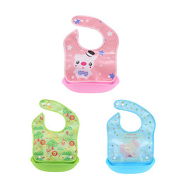 silicone pocket bibs Promo Codes - Baby Silicone Bibs baberos Waterproof Cute Animals Meals Pocket Bib Feeding Newborn Infant Functional Bib Bavoir