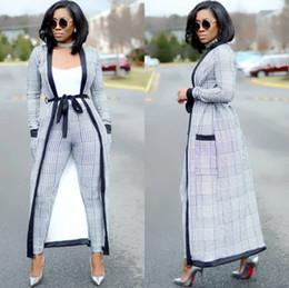 285c1dd6fd Sexy 2 piezas Set 2018 moda mujer a cuadros Trench largo Cardigan y  pantalones Bodycon traje trajes de verano de dos piezas traje mujeres  baratos