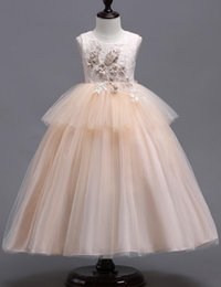 Wholesale tulle layered dress kids - Lace Little Kids Flower Girl Dresses Princess Bateau Neck Tulle 3d Floral Layered Girls' Pageant Short Formal Wears for Wedding MC1625