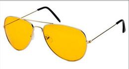 Copos de noite dos pilotos on-line-2 PCS NOVA Piloto Aviação Night Vision Óculos De Sol Das Mulheres Dos Homens Óculos Óculos de Sol UV400 Óculos de Sol Motorista Noite Condução Eyewear BAX25