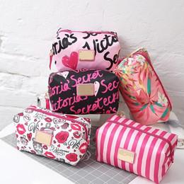 Отпечатанная косметическая сумка онлайн-Высокое качество бренд женской леди косметички косметичка сумочка макияж организатор весенняя печать сумки для женщин