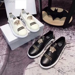 Wholesale mens casual shoes driving loafers - medusa Men's Shoes Luxury Brand Genuine Leather Casual Driving Flats Shoes Mens Loafers Moccasins Italian for Men white Casual shoes