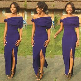 2018 Afrika Ucuz Lacivert Kapalı Omuz Uzun Gelinlik Modelleri Pleats Yan Bölünmüş Hizmetçi Onur Elbise Düğün Konuk Örgün Parti Elbise nereden