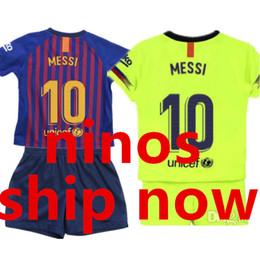 18 19 barcelona kids Soccer Jersey Sets 2018 2019 Niños Camisetas de fútbol Niños  Camisas Home Away Boys Teens Football Uniforme Shirt Short PIQUE RAKITIC ... aa2fdbaecc6e3