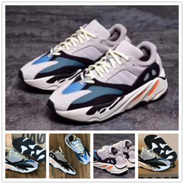 2019 Cheap Wave Runner 700 Real Women Trainer Men Running Shoes Kanye West 700s Design Sneakers Wholesale regalo de Navidad desde fabricantes