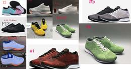 Zapatos de estilo verde online-Lo nuevo STYLES racer hombres mujeres zapatos casuales transpirable corredores zapatos al aire libre 36-45 negro blanco ROJO verde gris azul marrón