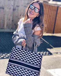 Canada 41.5-32-5 cm Noir / Blanc Check Plaid Tartan Toile Broderie Fourre-Tout Sacs à main de la Femme Sacs à Main De Mode De Fille Épaule Sacs De Marque Neuf Offre