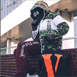 Abrigos japoneses mujer online-Nuevos productos japoneses, camuflaje blanco, costuras, engrosamiento, abrigado, abrigo deportivo de algodón con capucha para hombres y mujeres Abrigos para hombres Abrigos