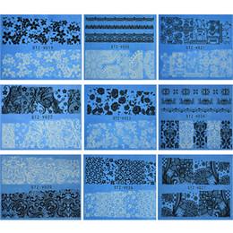 Chiodo arte fiori bianchi neri online-1 fogli FAI DA TE BiancoBlack Sticker Acqua Nail Art Decalcomanie NUOVO Immagine Fiore Bellezza Decorazioni Nail Art Full Wraps STZV019-027