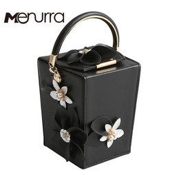 Argentina Al por mayor-Diseñador Pink PU Flores con cuentas Bolsas Totes Evening Party Embragues Caja de regalo Embrague Cena de boda Bolso Bolsa Feminina cheap wedding clutch handbags Suministro