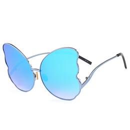 Deutschland Frauen Sonnenbrillen Neue designs Schmetterling Form Sunglass Weibliche Sonnenbrille Für Frauen Brillen Spiegel Fabrik preis großhandel cheap butterfly shaped glasses Versorgung