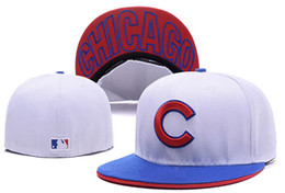 Wholesale Cubs Team - Cheap white color cubs Fitted hat in basball caps Fitted Hats Baseball Cap Flat-brim Hat Team Size Baseball Cap Classic Retro Fashion Chapeu
