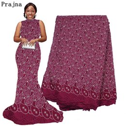 baumwollspitze bestickte borte Rabatt Prajna Nigeria African Lace Stoff bestickt Frauen Hochzeitskleid Ribbon Trim Applique Baumwolle Spitze Guipure Tüll Material F