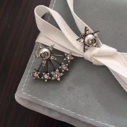 Wholesale Black Pearls Jewelry - Stars Pearl Rhinestone Earrings for lady Cd BRAND Logo Fashion Design Women Party Wedding Brooches D-logo Luxury Imitation Jewelry