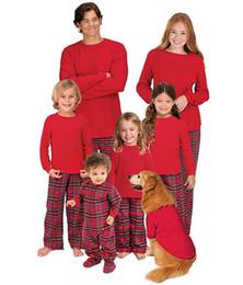Abiti da famiglia rossi Abiti da abbinare Costumi natalizi Pigiama Set  Bambino Bambini Mamma Papà Pigiami Cotone Plaid Abbigliamento da notte Tops  Pantaloni e24aeaec2ea