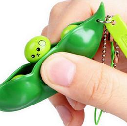 Llaveros divertidos online-Fun Beans Squishy Toys Colgantes Anti Stress Ball Squeeze Gadgets Divertidos Llaveros Llavero Pea Soybean Anti-ansiedad Descompresión