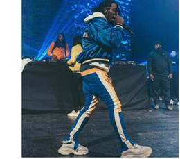 Jersey estilo color amarillo online-Nuevo color rojo amarillo FOG Justin Bieber Pantalones de chándal estilo Hiphop Slim Fit Pantalones de chándal a rayas de doble pierna Crawler Zip Vintage Joggers