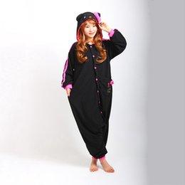 750dba91f0a1b Unisex Black KT Cat Halloween Cute Cartoon Pigiama Cosplay Suit Onesies da  donna Flanella Animal Winter Warm Sleepwear con cappuccio Carino vestito di  gatto ...