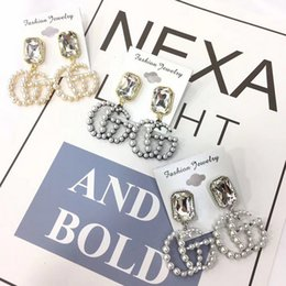 Wholesale high quality crystal chandeliers - Top Quality Luxury Dangle Earring Women Designer Pearl Earring Famous European Brand High Quality Jewelry Gift