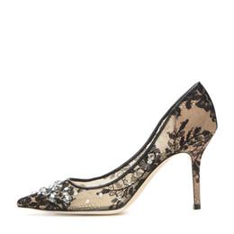 Стильный черный кружева высокий каблук насосы для женщин сексуальная сетка Кристалл острым носом свадебное платье обувь скольжения на весна осень насосы от Поставщики стильная сетчатая обувь