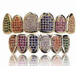 2019 grillz de oro blanco Buena calidad cinco colores Micro diamantes Dientes Top Silver Hiphop Gold Teeth Grillz Rhinestone TopBottom Grills dos colores