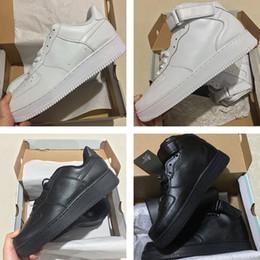 new product 4ace1 2eed9 Nuevo Clásico Hombres Mujeres Nike Air Force 1 iD bajo alto medio 07 Ultra 1  One zapatillas Zapatos famosos entrenadores Deportes zapatillas de skate  blanco ...