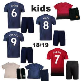Jerseys al por mayor del balompié online-2018 venta al por mayor camiseta de fútbol para niños IBRAHIMOVIC POGBA Jersey kits de fútbol niños BLIND MEMPHIS MATA ROONEY 2019 Niños uniformes Camisetas de fútbol