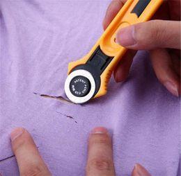 Cortador de corte online-28mm Circular Cut Amarillo Rotary Cutter Blade Patchwork Tela Artesanía de cuero Herramientas de costura