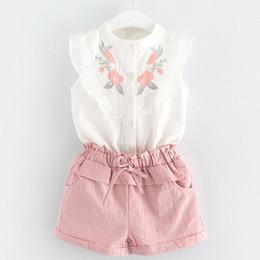 Corea establece niña online-Summer Girls clothes Outfit set Sweet White bordado camisas sin mangas + pantalones cortos al por mayor 3T-7T Corea