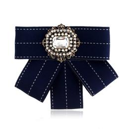 Canada En gros Vintage Broche Tissu À La Main Arc Broche pour Femmes Cravate Importé Matériel De Fête De Mariage Accessoires Valentine Cadeau Offre