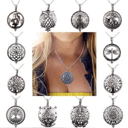 Wholesale Vintage Perfume Pendant - NEW Vintage Aroma Diffuser Necklace Open Antique Lockets Pendant Perfume Essential Oil Aromatherapy Necklace With Pad