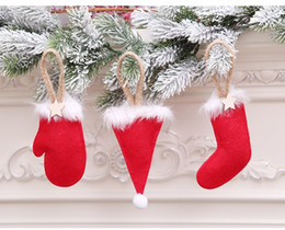 meias artesanais Desconto Árvore de natal pingentes 3 estilos meias chapéu luvas forma xmas enfeites de natal decorações da festa de natal diy artesanato
