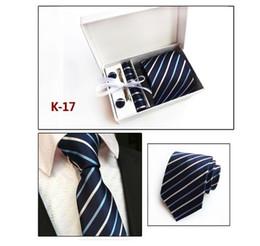 caixas de gravata por atacado Desconto Venda quente Homens De Casamento Gravata Com Gravata Clipe TieCufflinks Lenço 20 cores Para A Escolha Embalado Pela Caixa de Presente / Saco atacado