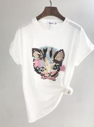 Disegni del collo dei ricami del ricamo online-Camicia Donna Cat Design Maglietta Paillettes T-Shirt Novità O Collo Manica corta in cotone con ricamo a maglia
