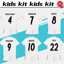004f2f6588571 Distribuidores de descuento Shorts De Fútbol De Madrid