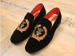 Wholesale Indian Style Dresses - 2018 Hot style Italian luxury Bees Indian silk embroidery men velvet shoes fashion Men Loafers wedding party male shoe Men Flats N47