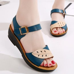 Discount soft comfort shoes women - Summer New Fashion Woman Sandals Mother  Large Size Flat Leather 0d2836f5d78e