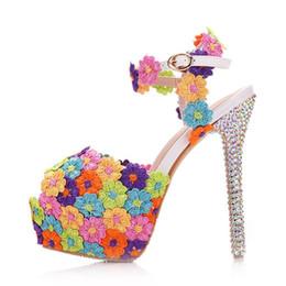 stilettos de flores Rebajas Nueva multi flores de encaje hebilla peep toe zapatos para mujer tacones de aguja de moda zapatos de novia talón de la boda AB cristal sandalias de novia