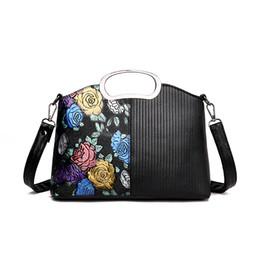 impresión floral de los bolsos negros Rebajas Las últimas mujeres de moda hermosa impresión floral de cuero de la pu de las mujeres hombro negro bolso crossbody bolsa de mensajero de las señoras baguette