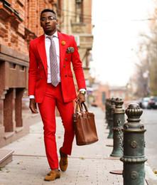 2019 Ultimi Disegni del Cappotto della Mutanda Vestito rosso da uomo casual Slim Fit 2 pezzi Tuta da ballo smoking adatta alla moda Giacca da sposa Suit cheap skinny blazers men da uomini di pelle scamosciata fornitori