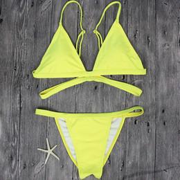 Желтый бикини онлайн-Провод бесплатный бренд желтый женский купальник сексуальный бразильский стринги бикини плавать комплект купальники женщина с низкой талией пляж бикини купальник