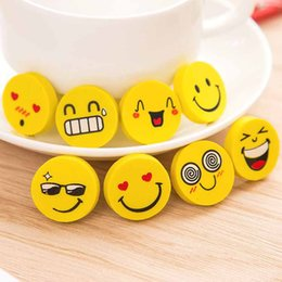 школьные доски Скидка Магнитный смайлик Emoji ластик супер мило доска резина для школьников дети подарок канцелярские принадлежности