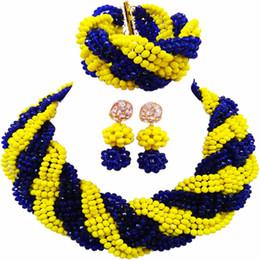 2019 cuentas amarillas de nigeria Hermoso azul real opaco amarillo cristalino con cuentas collares traje nigeriano boda perlas africanas joyería Set para mujeres 12BZ16 cuentas amarillas de nigeria baratos