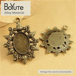 Wholesale Antique Cameo Glass - BoYuTe (40 Pieces Lot) 18*13MM Antique Bronze Plated Pendant Setting for Jewelry Alloy Base Cabochon Cameo Glass Blank Tray Diy Handmade