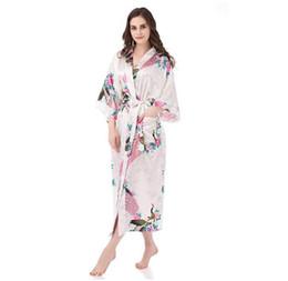 Argentina Blanco Más nuevas mujeres Kimono Albornoz Dama de honor Traje de boda Vestido de noche Seda Satén Yukata Más el tamaño S-XXXL RB011 S1015 cheap yukata women Suministro