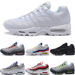 sports shoes 91d20 81786 Nike Air Max 95 Hommes Femmes 95 95 Ce Que Les Chaussures De Course OG Neon  Grape Triple Noir Blanc TT Université Rouge Mode Entraîneur De Sport  Baskets ...