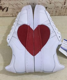 Wholesale Half Hard - Newest 2018 Originals Women Superstar 80s Half Heart Valentine's Day White New CQ3009 Love Running Shoes Come With Original Box